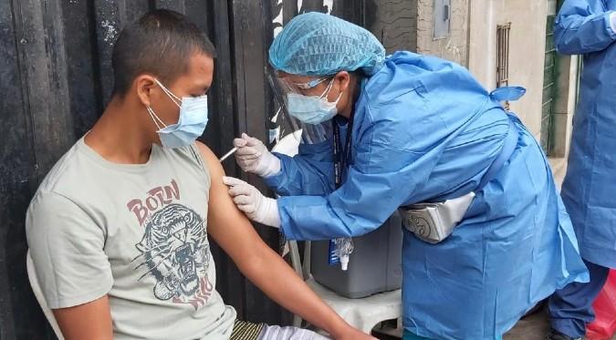 COVID-19: conoce la cantidad de personas vacunadas hasta el 10 de octubre